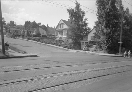 A2009-009.113  Corner of SW Lowell St and SW Corbett Ave looking northwest c1939