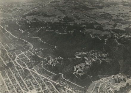 Aerial of SW overlooking OHSU, circa 1939 : A2001-045.443