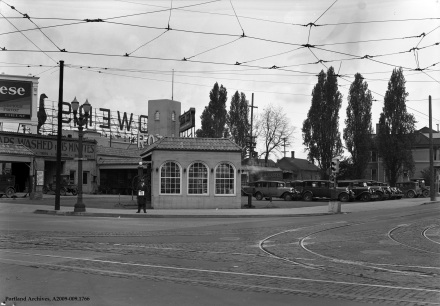 NE Union Ave. [MLK Blvd] between E Burnside St. and NE Couch St. looking northwest, 1929: A2009-009.1766